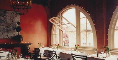 Chez Shea dining room.